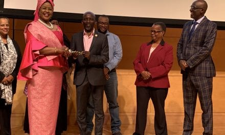 Ao Embaixadora da União Africana nos Estados Unidos de América, Dr. Arikana Chihombori-Quao, insta as comunidades da diáspora a se unirem